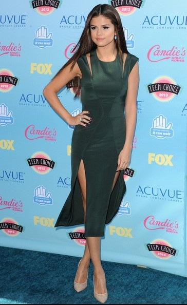 Selena Gomez Arrivals Teen Choice Awards