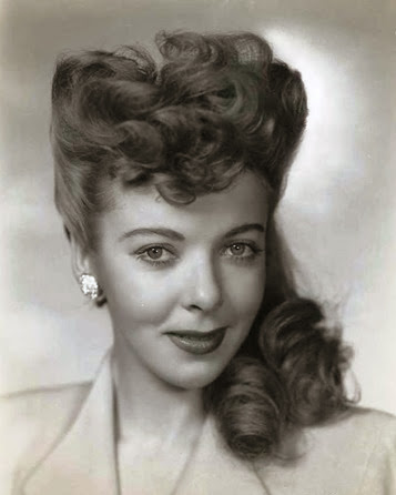 1940's Pompadour hair style - Pin Curls 101 | Lavender & Twill