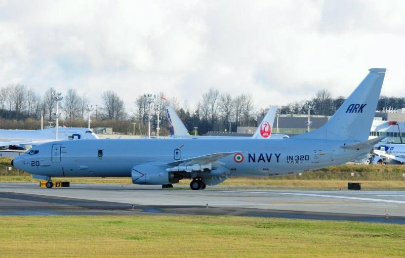 Indian-Navy-Boeing-P-8I-Aircraft-IN-320-06-Resize