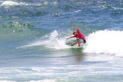 Matheus Herdy comanda o show de surf na Prainha 0e5cf34e87