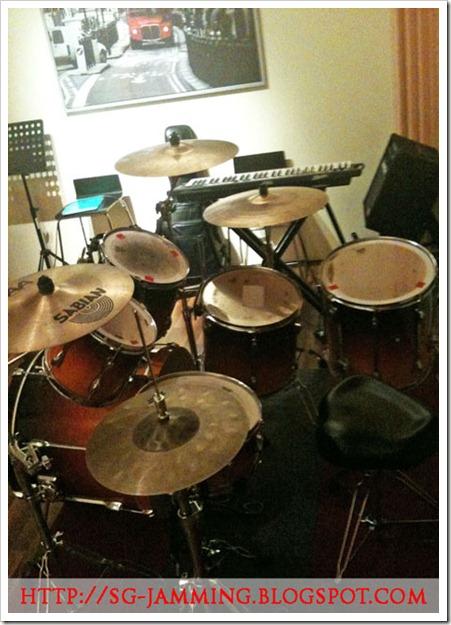 la-drums-t