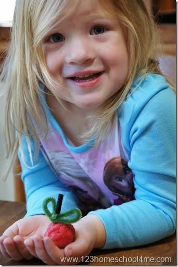 apple playdough play for preschoolers