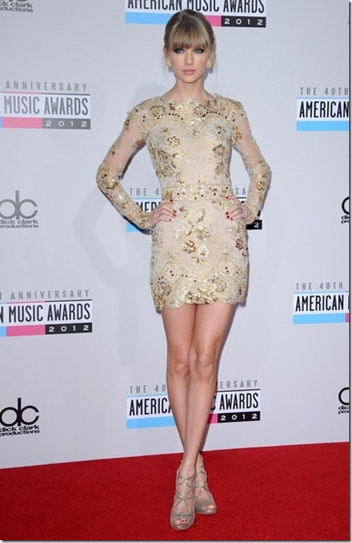 Taylor Swift American Music Awards 2012 Bgx1i9f7xzHl