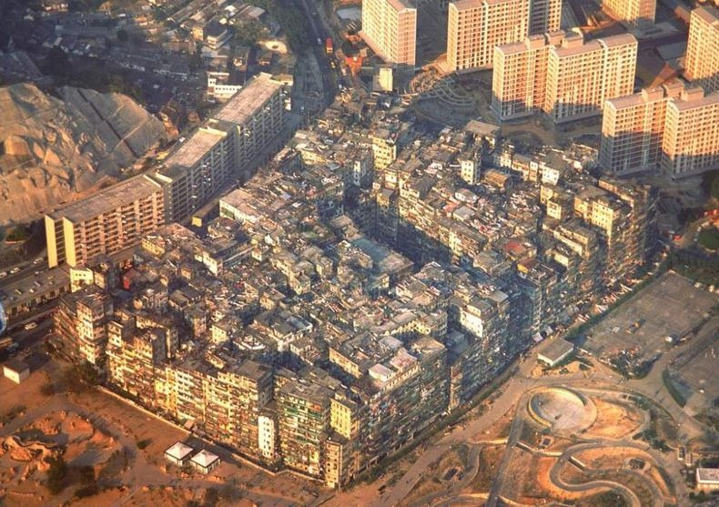 kowloon-walled-city-0