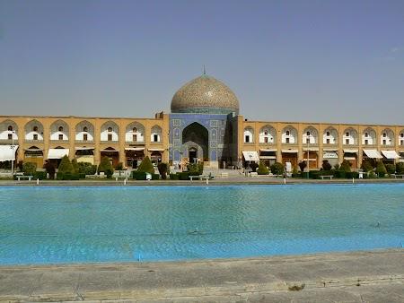 24. Imam Square - Esfahan.JPG