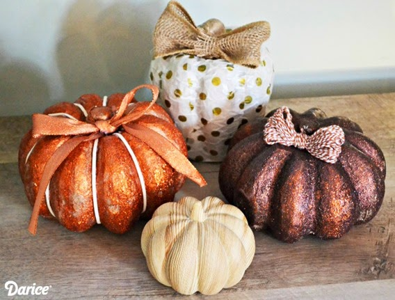 DIY-pumpkin-display-Darice