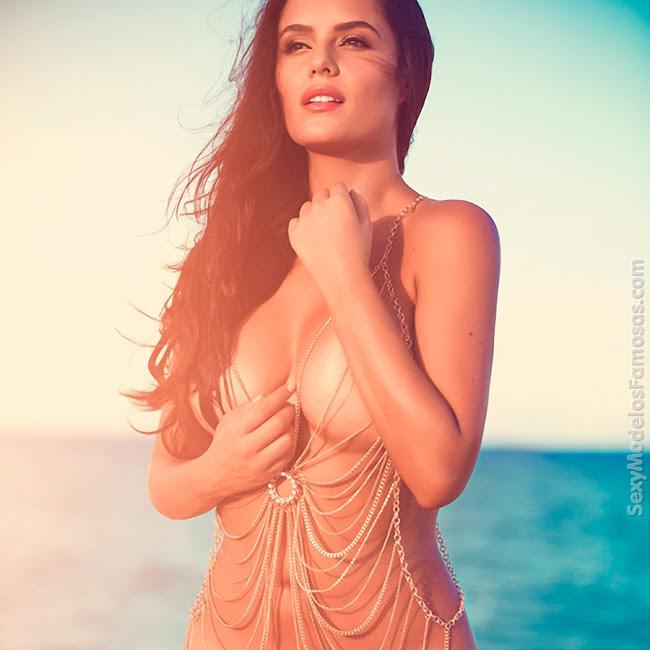 Ana Lucia Dominguez Desnuda SoHo Foto 28