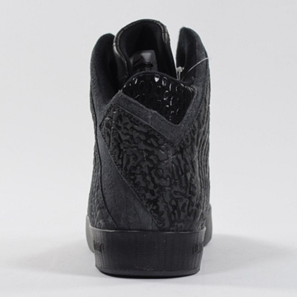 e5bd3ab4b8ba ... upcoming nike lebron xi nsw lifestyle in all black