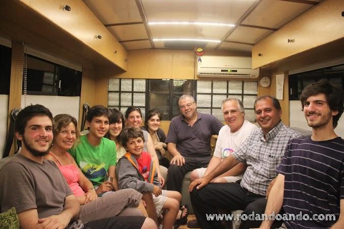 Karina, Renato, Omar, Federico y Jorge despidiéndonos en Libertad