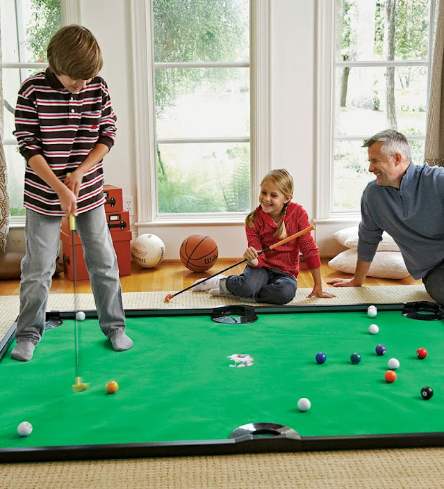 Putter Pool Indoor Game1.jpg