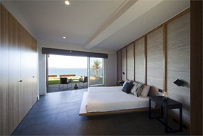 Palm-Beach-Residence-by-Pike-Withers
