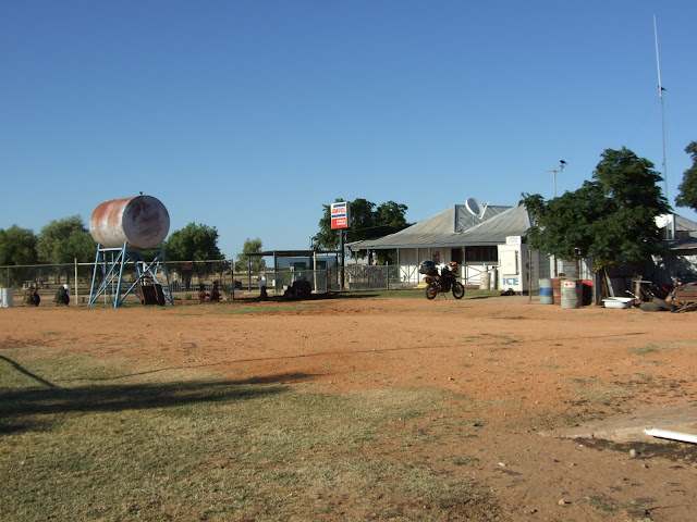 Urandangi - Pub, Petrol station and General store.JPG