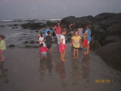 FRA Beach Party - 2011 067.JPG