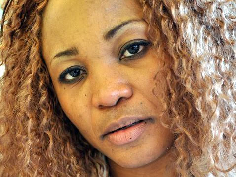 Bijoux Ombeni, congolaise vivant à l'étranger.