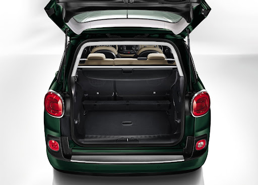 Yeni-Fiat-500L-Living-2014-8.jpg