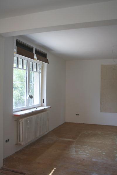 fr ulein otten ich glaub der fliesenleger ist tot. Black Bedroom Furniture Sets. Home Design Ideas