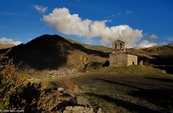 Ermita de Sant Quirc de Durro, romanica s. XII, Patrimoni de la Humanitat (UNESCO),Vall de Boi, Alta Ribagorca, Lleida