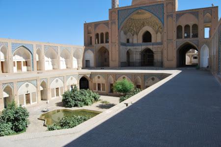 Imagini Iran: Kashan - Moscheea Agha Bozorg