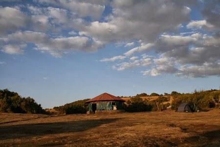Muntii Simien - Etiopia: Camparea langa bucataria din Sankaber