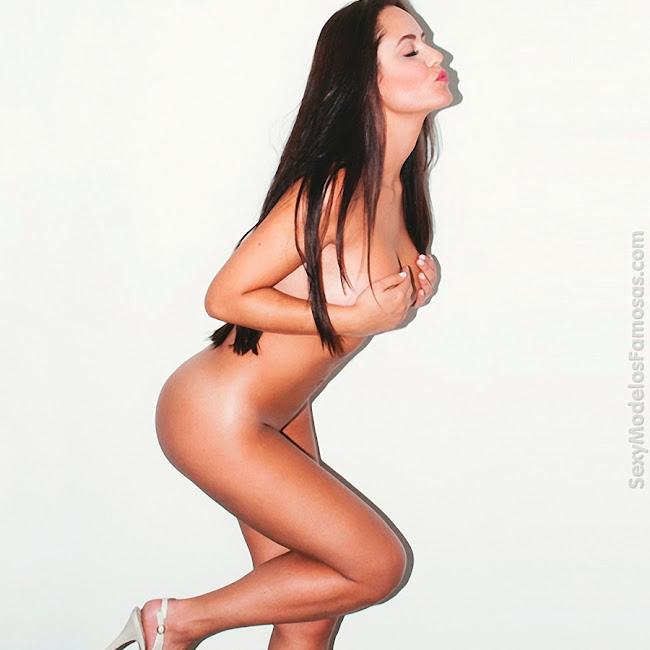 Ana Lucia Dominguez Desnuda SoHo Foto 45
