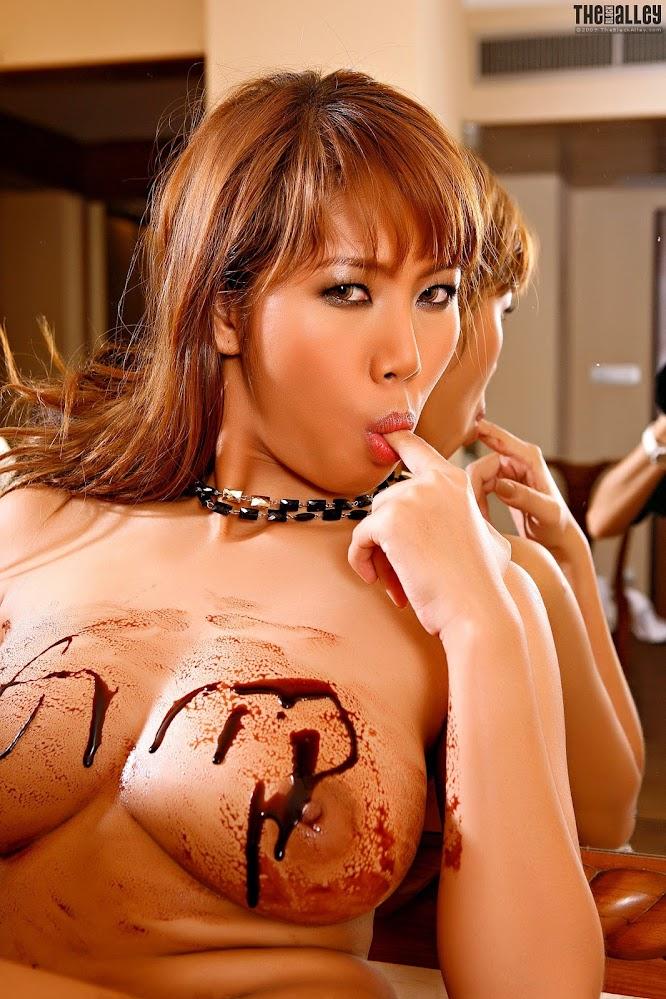 TheBlackAlley _-_332-Monica_Jong_p04.rar