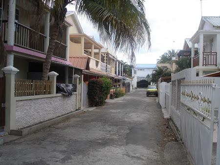 13. locuinte ale localnicilor,Flic en flac-Mauritius.jpg