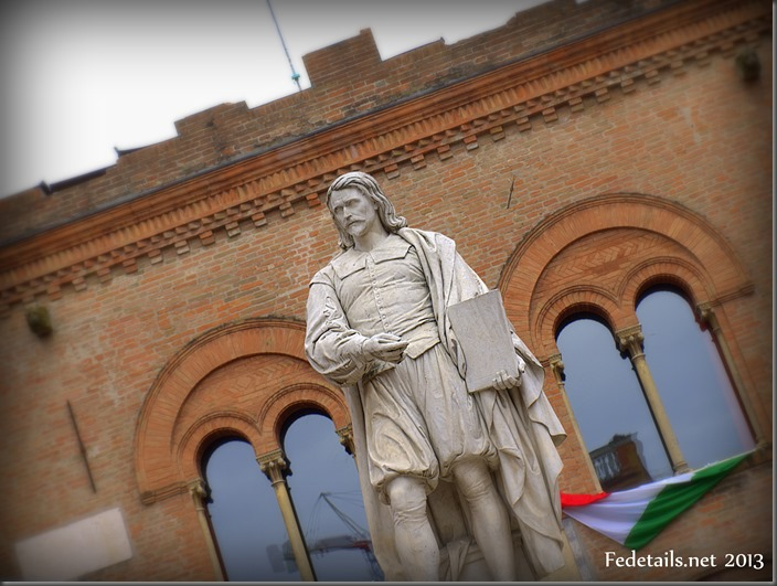 La statua del Guercino a Cento - The statue of Guercino, Cento, Ferrara, Italy, Photo2