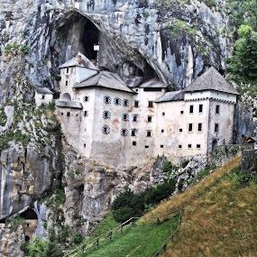 Predjama castle by Matevz Skerget - Buildings & Architecture Public & Historical ( europe, grad, slovenia, predjamski, castle, rock, postojna, cave )