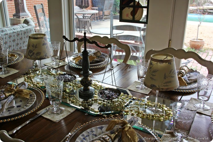 New Year Decor-Bargain Decorating with Laurie