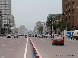 Boulevard du 30 juin à Kinshasa. Radio Okapi/ Ph. John Bompengo