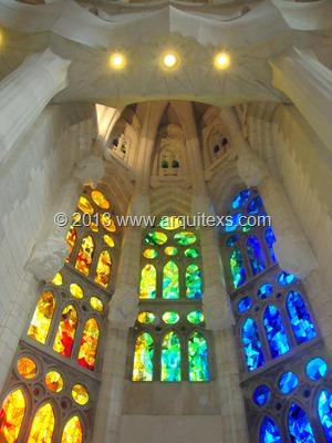 ventanales-sagrada-familia-barcelona