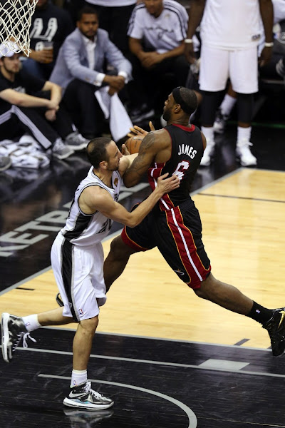 buy online 2e487 03a98 Wearing Brons: San Antonio Spurs' Manu Ginobili & Danny ...