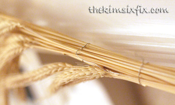 How to make wheat garland