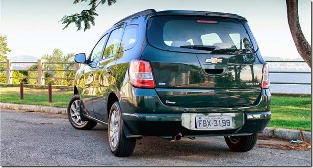 É bem verdade que o Spin não é tão belo quanto seus antecessores, que  guardavam traços regidos pela alemã Opel. Ele adota a mesma identidade  visual presente ... 8b85b6c819
