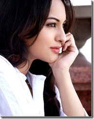 sonakshi-sinha-side-look