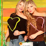Angelica Jaramillo y Sofia Jaramillo Modelando D'Axxys Jeans Foto 38