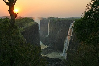 sunset-view-at-victoria-falls