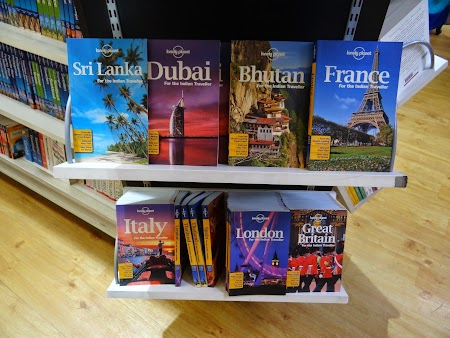 06. Lonely Planet for indians.JPG