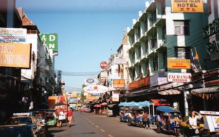 Obiective turistice Thailanda: Khao San dimineata Bangkok