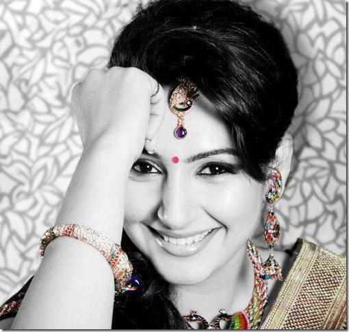 Actress Ragini Dwivedi Latest Stylish Photos