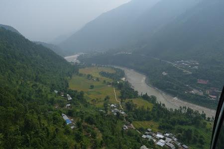 Natura Nepal: valea Trisuli in Himalaya