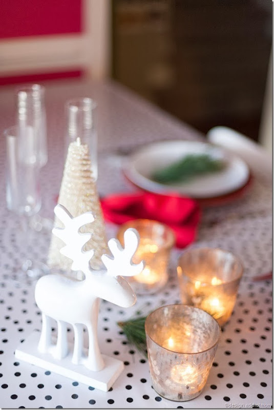 Simple Christmas Table Styling