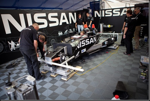 nissan-deltawing-repaired-in-less-than-24-hours-video_3