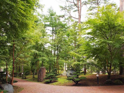 [写真]山中湖文学の森にて