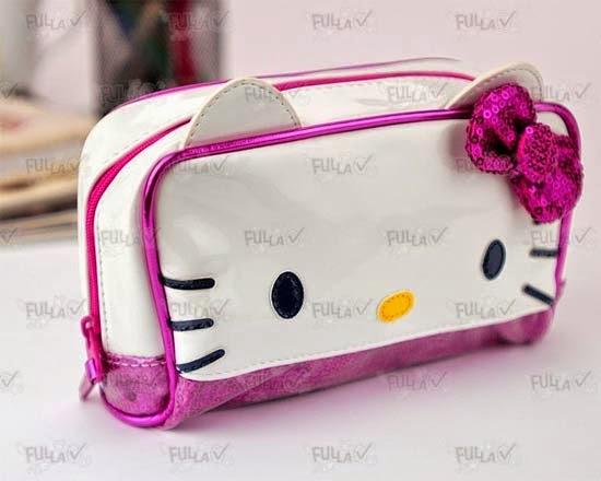 bolsinha-necessaire-maquiagem-hello-kitty-i-love-pink-3.jpg