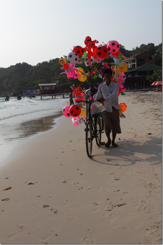 Balloon vendor on Serendipity Beach, Sihanoukville