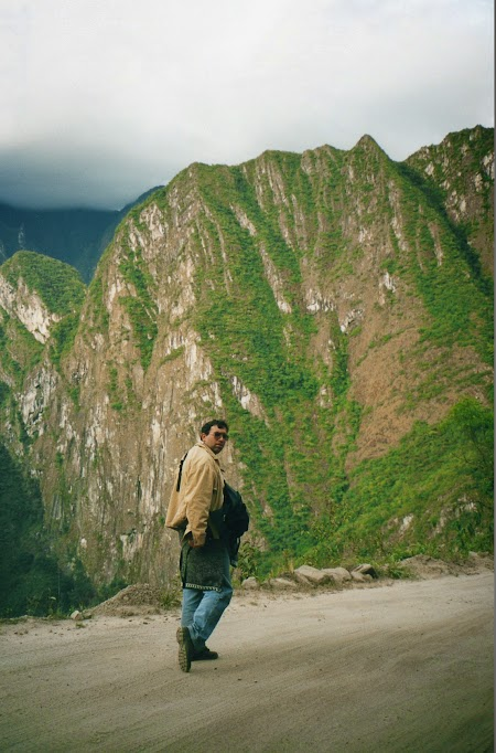 Soseaua Aguas Calientes - Macchu Picchu