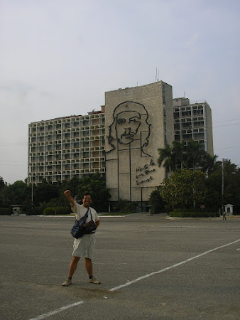 4. mural cu Che la Havana.jpg