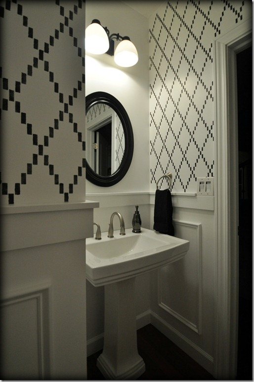 Stenciled Powder Room Black and White, molding
