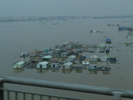 Tur Delta Mekongului: case lacustre Delta Mekongului